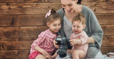 5 Simple Tips For Capturing Better Family Photos