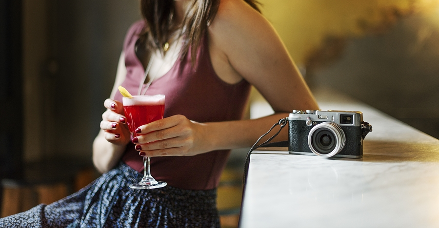 Booze Or No Booze - Are Photographers Allowed To Drink On The Job?