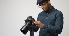 "These 7 Bad Habits Scream ""Amateur Photographer"""